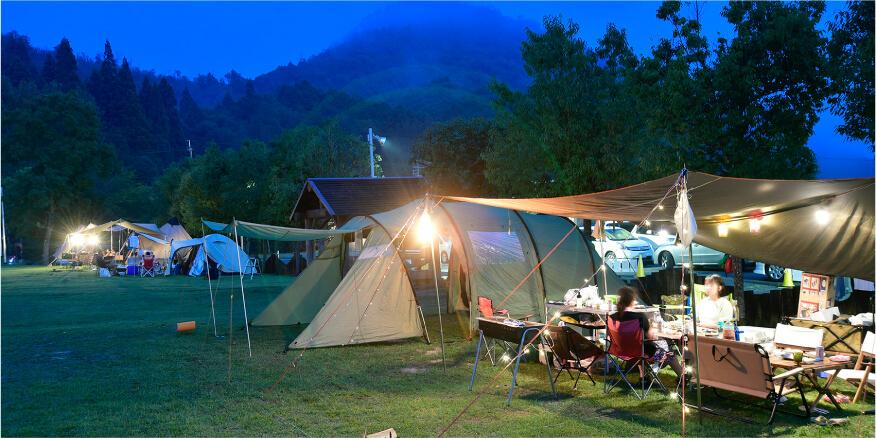 夜のテントサイト